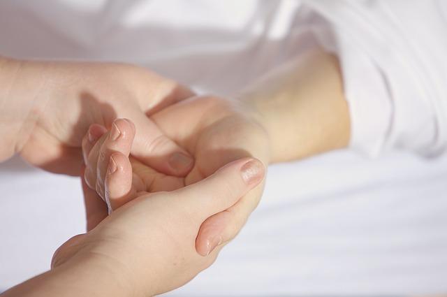 dlaňová masáž